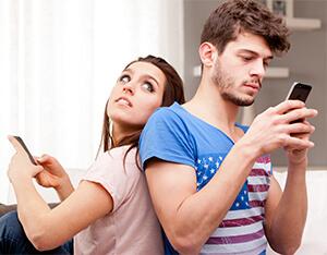 Partner und das Handy